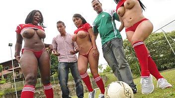 Orgia xnxx brasil com as mais vadias